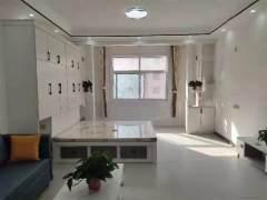 威尼斯高铁站旁精装公寓一室一厅拎包住