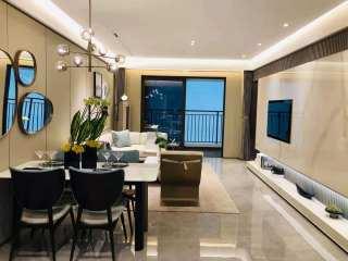 南湾 融创·御湖宸院3室2厅1卫70万119m2精装修出售,首付低,