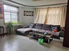 世纪花园3室2厅2卫1800元/月130m²精装修出租