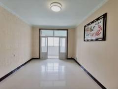 新七大道中环路口,车辆厂家属院 两室两厅空房子,便宜出租