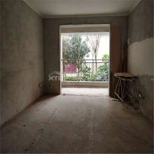 (羊山新区)一楼带院 一品江南3室2厅2卫124万140m²毛坯房出售