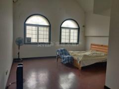 (浉河区)香江帝景旁南湖学村独栋别墅 4室2厅4卫210万210m²简单装修出售