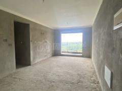 恒大旁优家小区,电梯中层全新毛坯三房仅售92万,证齐可按揭
