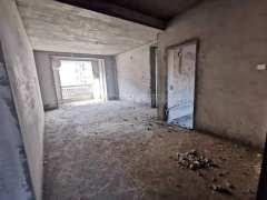 浉河区明阳天下旁鲲鹏裕贤名墅4室2厅2卫67万113m²毛坯房出售 步梯中层 钥匙在手随时看房
