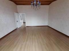 (浉河区)报晓新村旁长江桂花园5室3厅2卫130万210m²精装修出售