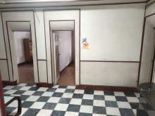 (浉河区)国税局家属院3室2厅1卫43万100m²简单装修出售 证在手可按揭