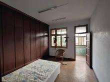 九中东校区食品厂家属院2室2厅1卫38万77m²简单装修出售