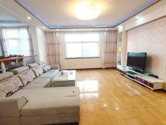 民权路 七中 聆波苑3室2厅2卫1800元/月162m²精装修出租