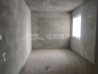 三小 浉河中学旁  新房 60万109m²毛坯房出售