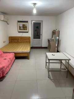 1室1厅1卫500元/月52m²出租